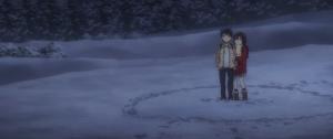 Fortan ein Team: Satoru versucht das tragische Schicksal der kleinen Hinazuki abzuwenden. Wenn einem an dieser Stelle auch unweigerlich Steins;Gate in den Sinn kommt, so macht das gemeinsame Storyelement noch keinen Abklatsch aus der Serie.